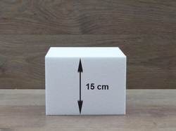 Square cake dummies with straight edges of 15 cm high