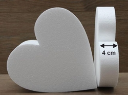 Heart Cake dummies with straight edges of 4 cm high