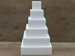 Square cake dummy set with straight egdes of 10 cm high