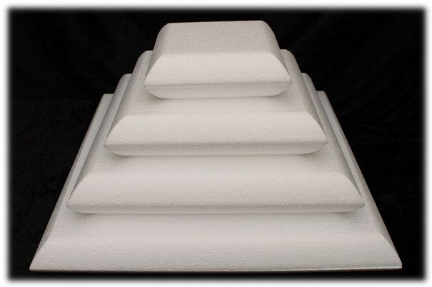 Pillow Cake dummies with chamfered edges of 7 cm high
