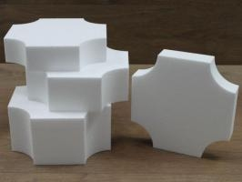 Square cake dummies with inverted edge