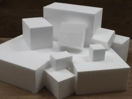 Square cake dummies with straight edges